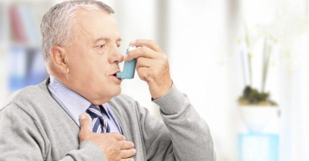 homem-asma-bronquite-bombinha-remedio-idoso-1392663865336_956x500