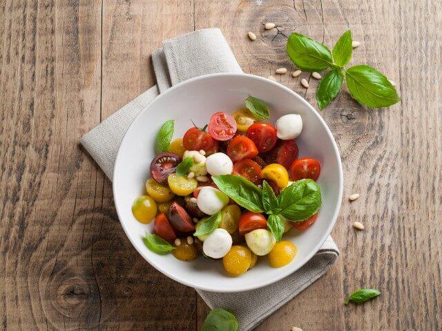 alimentos-que-ajudam-na-producao-natural-de-hormonios-santos